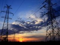 Movimiento Patria para Todos defiende estatización del sector eléctrico